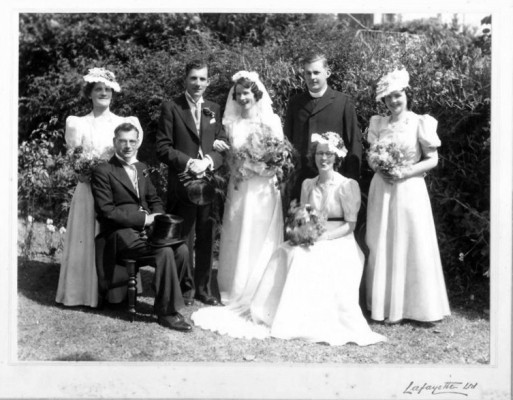 Helen Stewart born in 1911 in Oughterard married Francis Doyle in Dublin and died in 2010.  Francis Doyle was born in Dublin in 1906 and died in 1971.