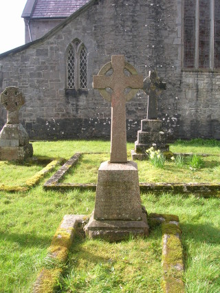 Headstone of Thomas Leopold Roberts, Oughterard
