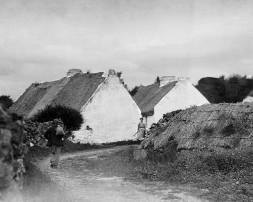 Thatched cottages in Cregg, Oughterard