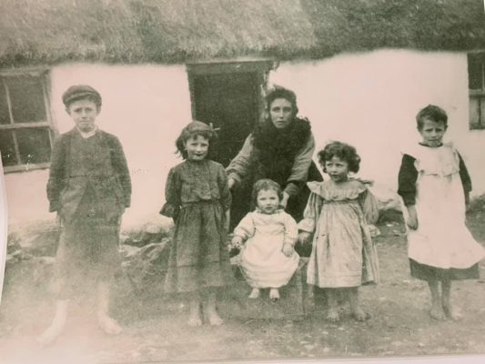 Ellen (McCauley) King , married to Bartley, with 5 of her 9 children 1907 or 1908. Left to right, Patrick, Mary, Tom, Barbara and Joseph (my grandfather). Nora, Martin, John and Peg came later.