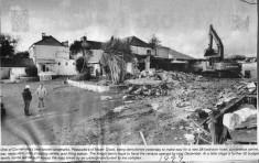 Press cutting 1999. Demolition of Peackock's, Maam Cross