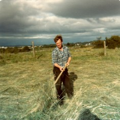 Matt Thornton cutting hay, by Claremont. 1976 | Paul Finnegan