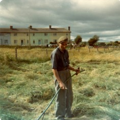 Tommy Thornton cutting hay, by Claremont. 1976 | Paul Finnegan