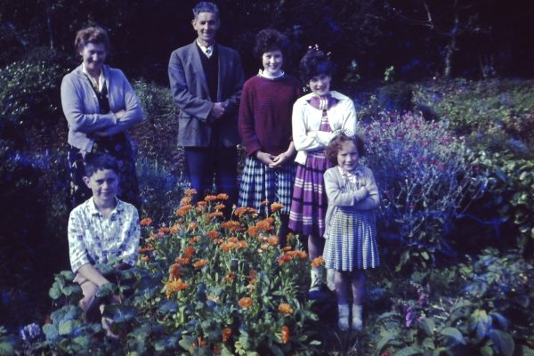 The O'Connor Family Newvillage - Johnny & Josie, with children Kevin, Patty, Bridie & Pauline