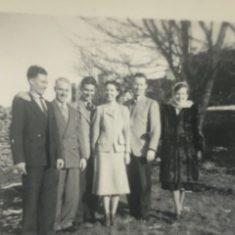 Jim, Lal, Johnny, Tom & Winnie O'Connor | L O'Connor