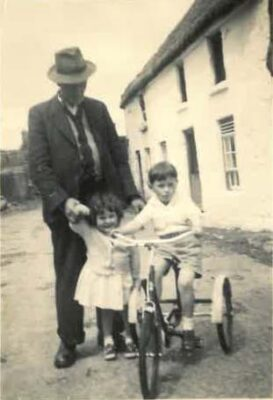Mary & Gerard Kinneavy with their father Paddy 1950's