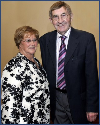 Pattie and Mick O'Connor from Killannin, celebrated their 50th Wedding    Anniversary on 8th October 2011